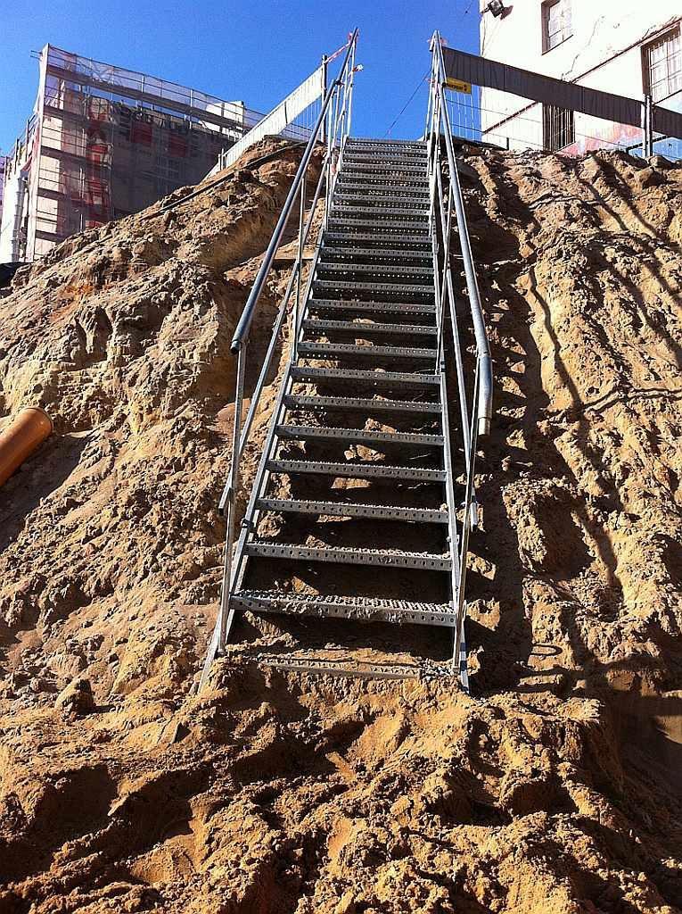 temporary_stairs_14