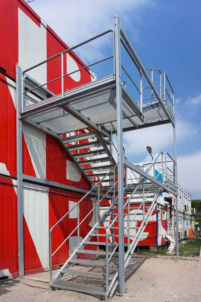container-stair-1