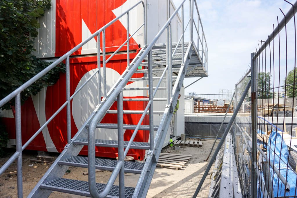 container-stair-3