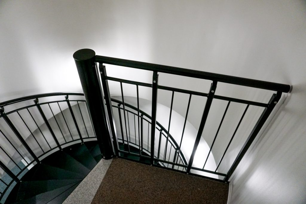 spiral-steel-stairs-1