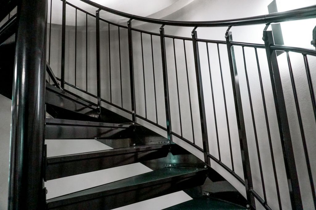 spiral-steel-stairs-4
