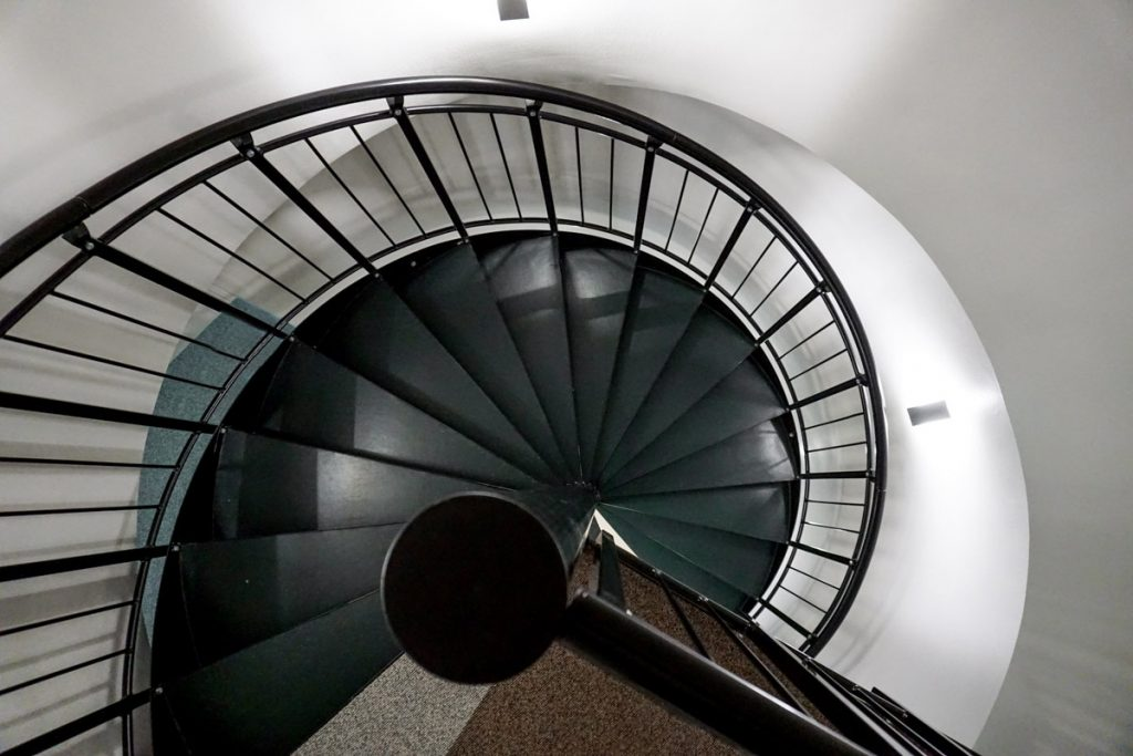 spiral-steel-stairs-5