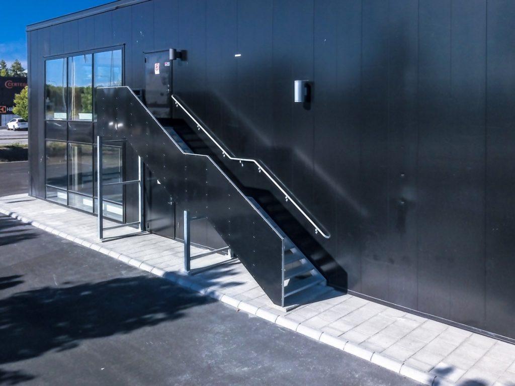emengency-stairs-3