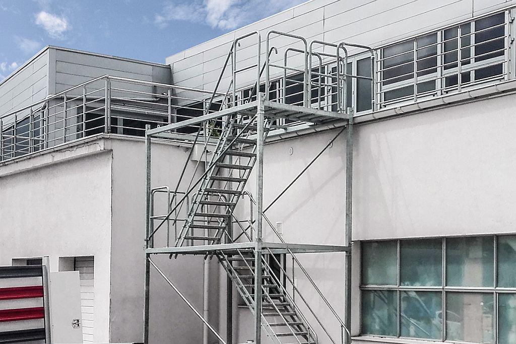 temporary-stairs