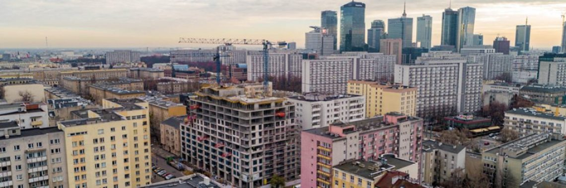 Edge-protection-system-construction-site-warsaw-poland-baner