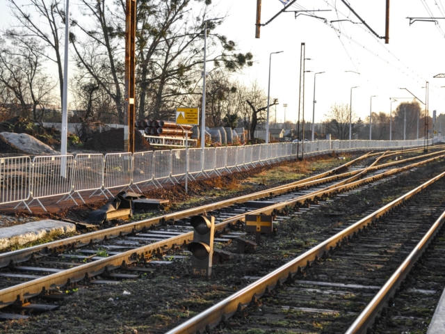 city-safety-barriers-guardrails-railroad-redevlopment-poland (10 of 16)