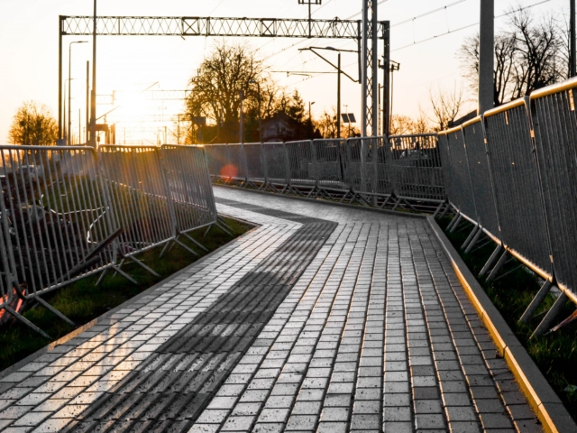 city-safety-barriers-guardrails-railroad-redevlopment-poland (2 of 16)