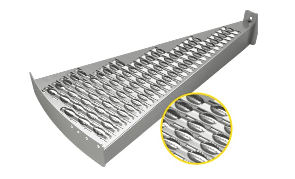 Serrated plank grating
